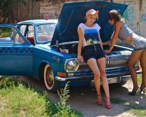 Женщины за рулем такси