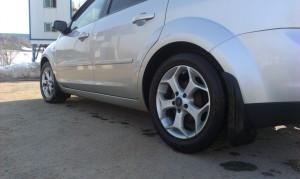С 1 января следующего года ужесточатся требования к шинам автомобилей