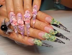Как освоить искусство росписи на ногтях
