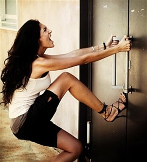 Что делать, если не можешь открыть свою дверь своим ключом