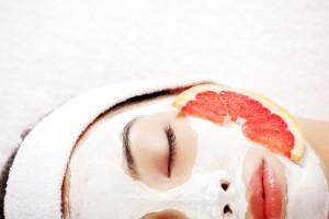 Чем полезен грейпфрут в уходе за телом?