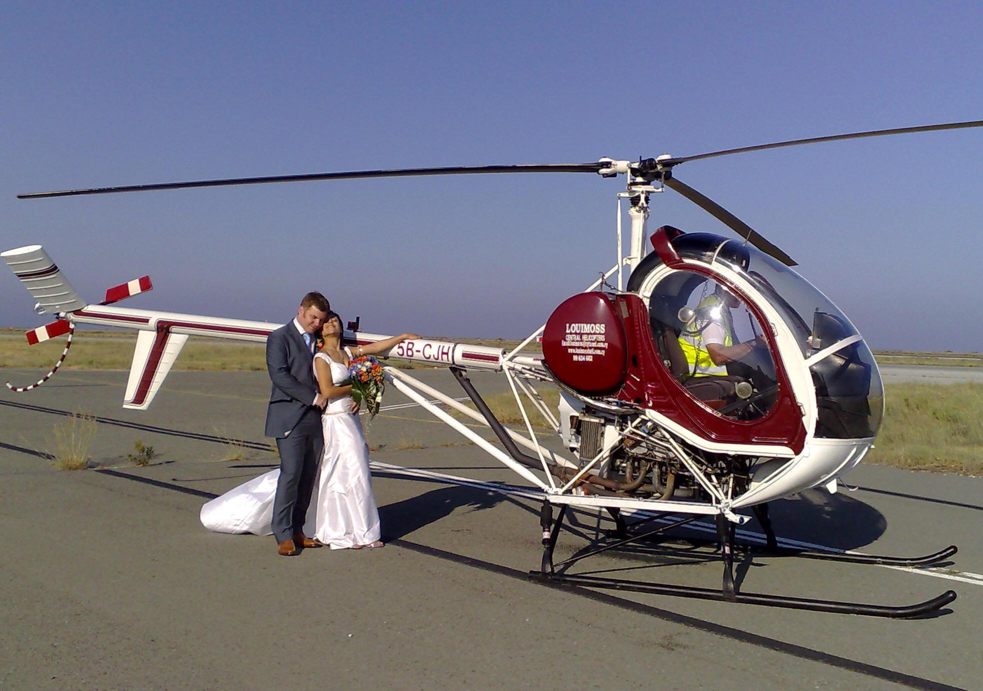 Какой свадебный транспорт выбрать