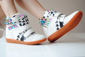 Зимние женские кроссовки в интернет-магазине