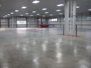 Цементный и бетонный пол для гаража и способы укладки