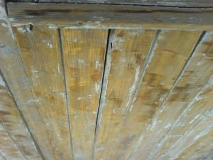 Как правильно снять слой краски с поверхности деревянной веранды