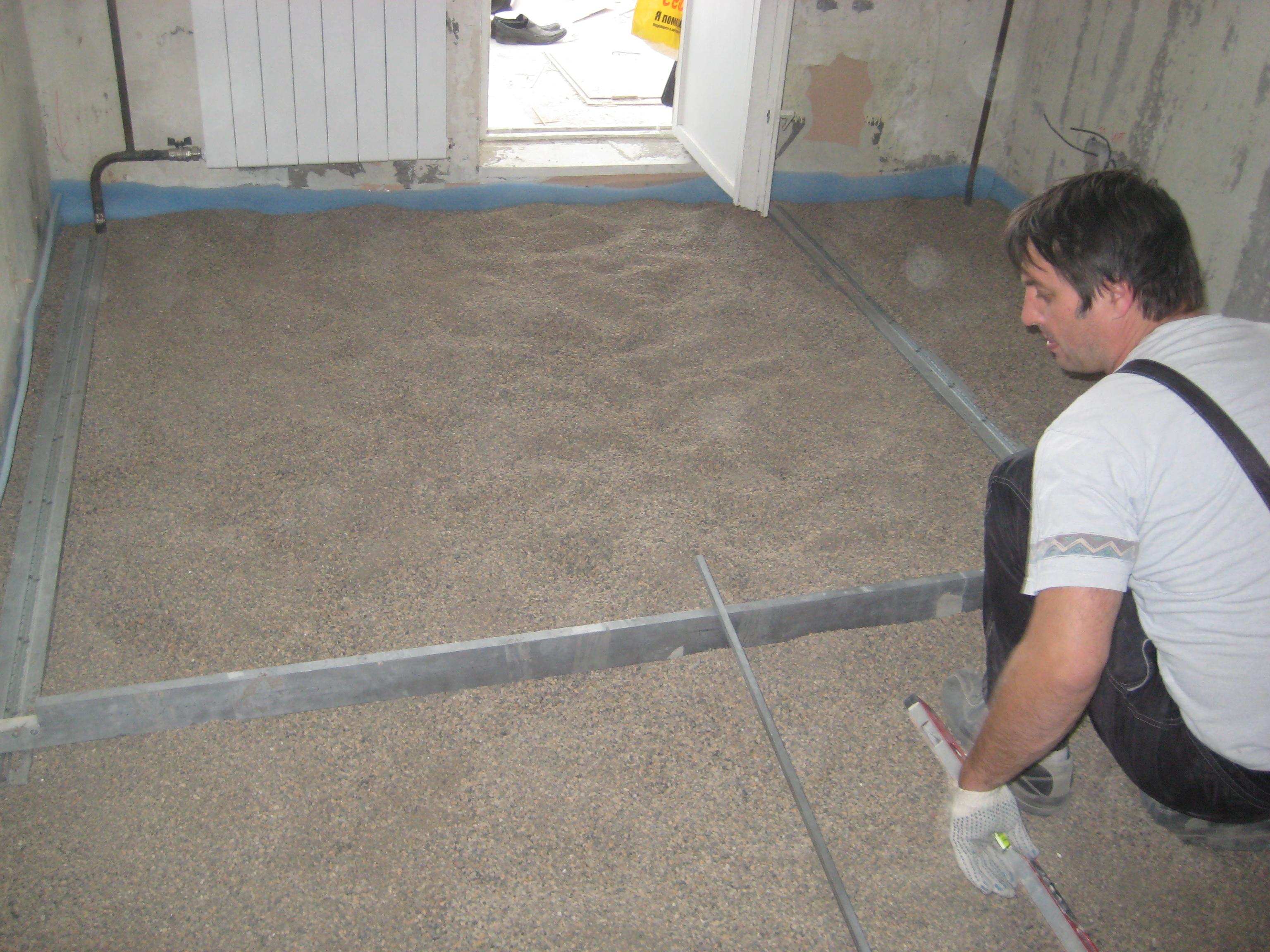 Как сделать стяжку потолка в квартире