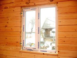Устанавливаем окна в брусовом доме