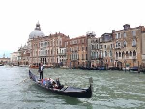 Романтики выбирают Венецию