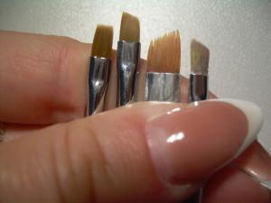 Какими бывают кисти для дизайна и росписи ногтей