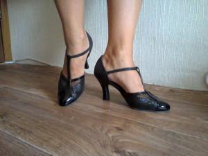 Как выбрать обувь для танцев?