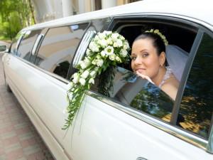 Лимузин — истинно свадебный автомобиль!