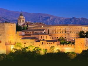 Дворец Альгамбра – рукотворный рай на юге Испании
