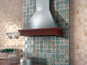 Плитка и мозаика в доме