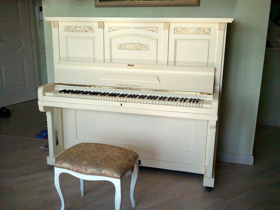 Реставрация внешней отделки пианино