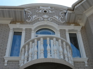 Фасадный декор из полиуретана