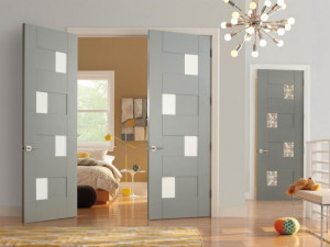 Межкомнатная двустворчатая дверь