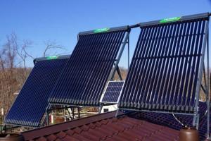 Солнечные коллекторы для подогрева воды и отопления дома