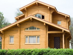 Дом из клееного бруса — это выгодно