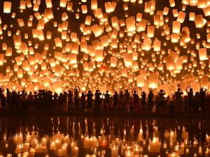 Древний праздник Лои Кратонг