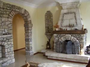 Искусственный камень дает широкий простор для фантазии декоратора