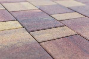 Как изготавливается вибропрессованная тротуарная плитка?