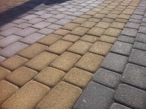 Какая технология производства тротуарной плитки лучше?