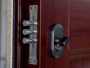 Металлическая дверь – обеспечение безопасности и защиты