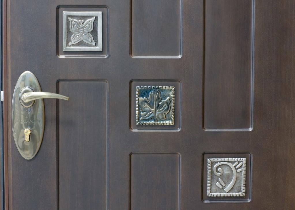 входные квартирные двери в некрасовке недорогой