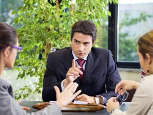 Основные признаки хорошего адвоката