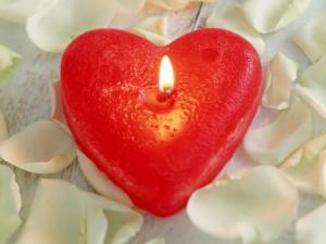 Изготовление свечей-сердечек