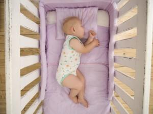 Как должен отдыхать грудной ребенок