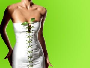 Как сделать фигуру стройнее с помощью одежды?