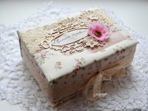 Как сделать из коробки шкатулку под старину?