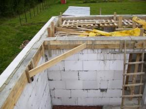 Нужно ли начинать строительство коттеджа