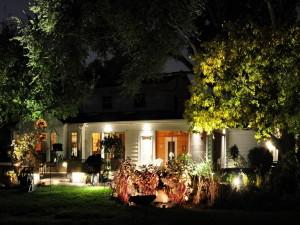 Организация декоративного освещения сада