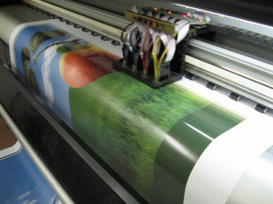 Широкоформатная печать в разных исполнениях