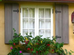 Деревянное окно своими руками