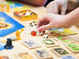 Где найти полезные и качественные настольные игры для детей?