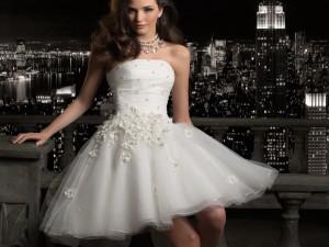 Короткие платья для свадебной церемонии