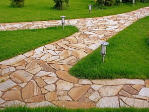 Нужные материалы для садовых дорожек