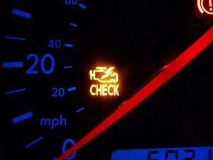 """Проблемы с двигателем: почему горит желтая лампочка """"Check engine"""""""