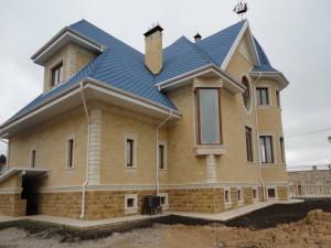 Украшение фасада дома