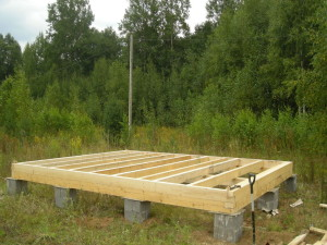 Возведение столбчатых фундаментов для зданий с несущим каркасом