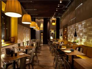 Мебель в интерьере ресторана