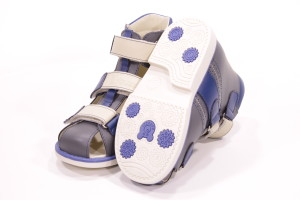 Основные преимущества использования ортопедической обуви