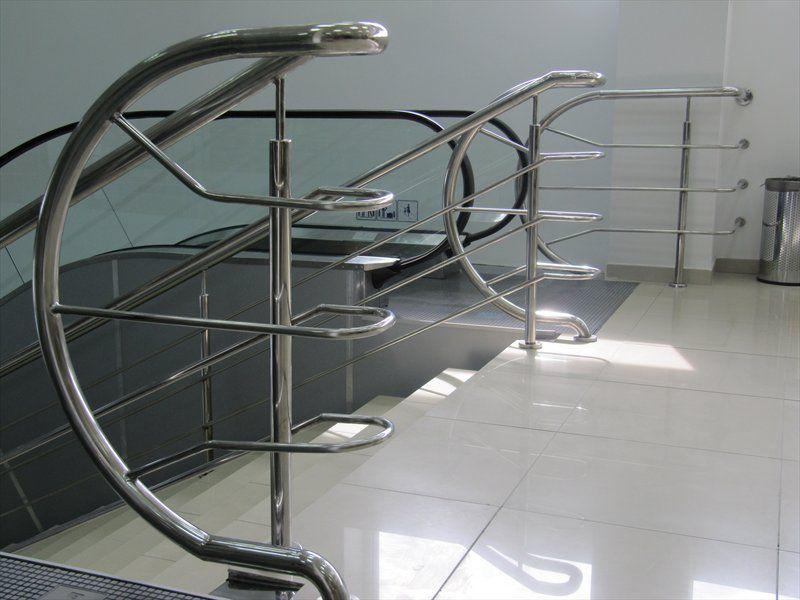 Поручни, лестницы, перила из нержавеющей стали