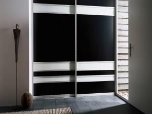 Современный интерьер — встроенные шкафы купе