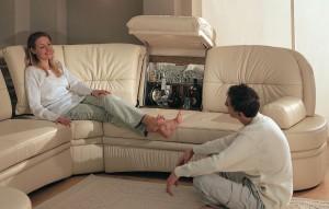 Жизнь на мягком диване