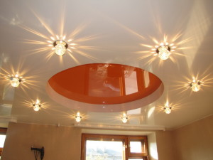 Создание нужной атмосферы освещением потолка