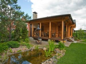 Загородный дом: покупать или строить?